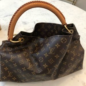 Artsy Louis Vuitton bag